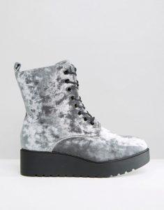0bc4635adb311 Biker boots: Topánky na pohodlnú jeseň - Emporiumbrands