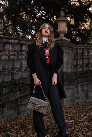 78d94daa4 Móda ponúka množstvo variant ako oživiť všedné ,každodenné outfity.  Doplnky, farby alebo pútavé topánky, ktoré dokážu zázraky a z tuctového  outfitu ...