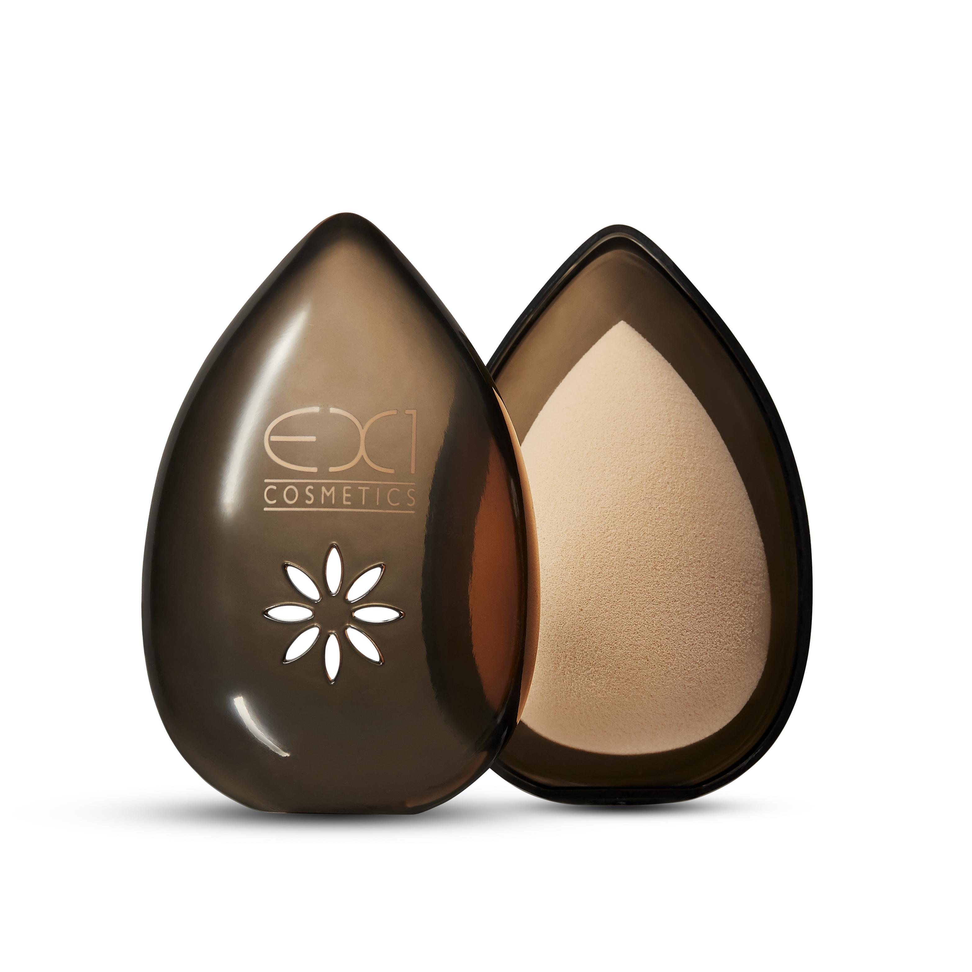EX1-Cosmetics-hubka-na-makeup-stayunique.sk